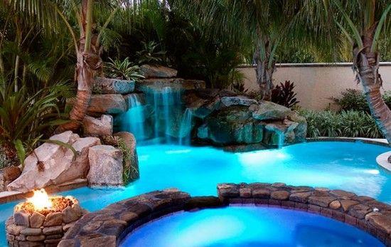 Tropical Backyard Pool, Spa & Waterfall :) <3