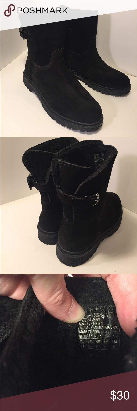 Skecher Black cozy leather boots faux fur lining This is a pair of black classic leather boots with faux fur lining, buckle accent, durable tread. See pictures for details. Good condition minor wear, souls are in great condition, see pictures. Be sure and check out other items in closet and bundle to receive discounts. Skechers Shoes Ankle Boots & Booties