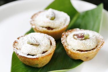 Fig and pistachio Christmas tarts