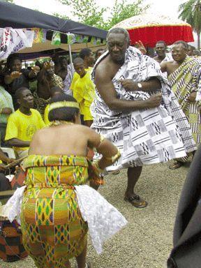 President Kufuor was challenged by an adowa dancer, he took the challenge. -Ghana News