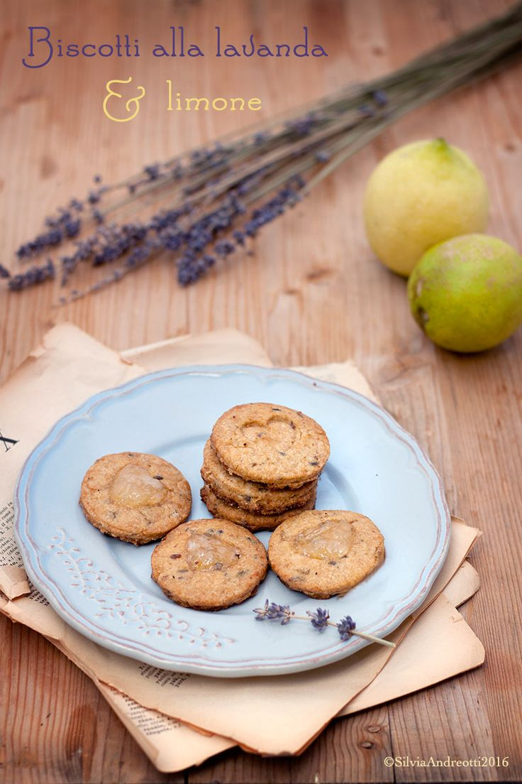 Biscotti integrali alla lavanda e limone #vegan Vegan wholewheat biscuits with lavander and lemon