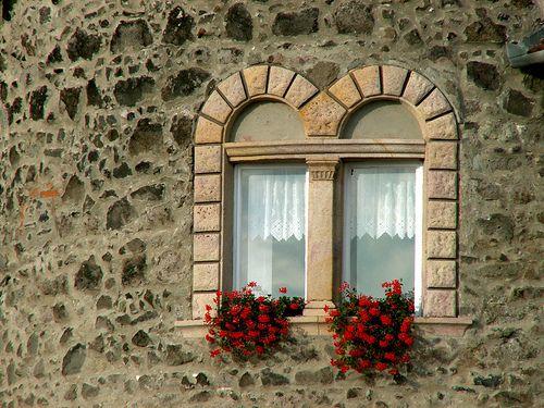 Old windows - Vác, Hungary