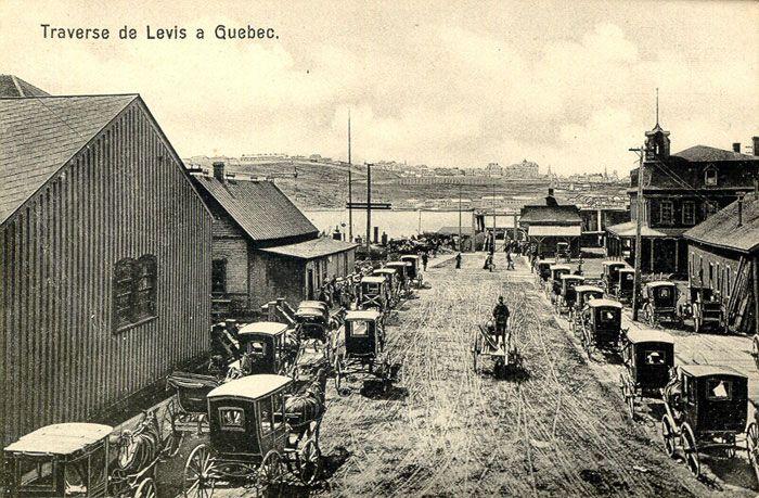 Levis Quebec | Courir les magasins: De la rue principale au centre commercial