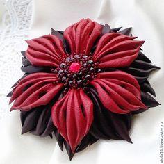 """Купить """"Вересень"""". Брошь цветок кожа бордовый гранат - брошь, цветок, подарок, авторские украшения"""
