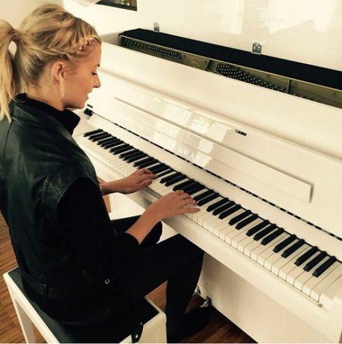 Lena Gercke: Ihr neues Leben ohne Sami Khedira - Stars - Yahoo Stars Deutschland