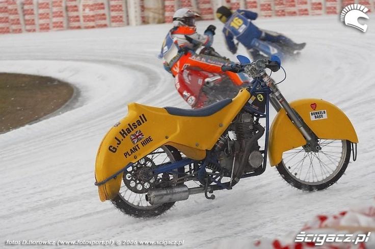 Graham hasal wypadek ice speedway sanok b mg 0130