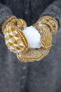 Ravelry: Shine mittens pattern by Pia Kammeborn