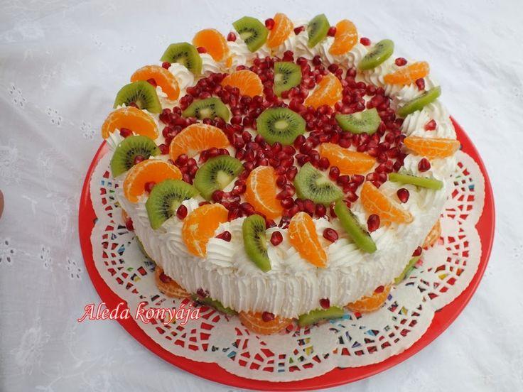 Aleda konyhája: Narancsos torta gyümölcsökkel