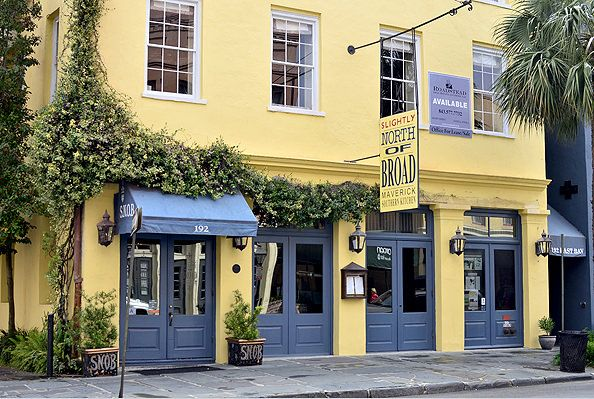 S.N.O.B. in Charleston, SC | iowagirleats.com...best places for food and drink in Charleston