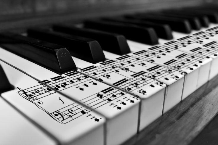 Haluan kehittyä pianonsoittajana.