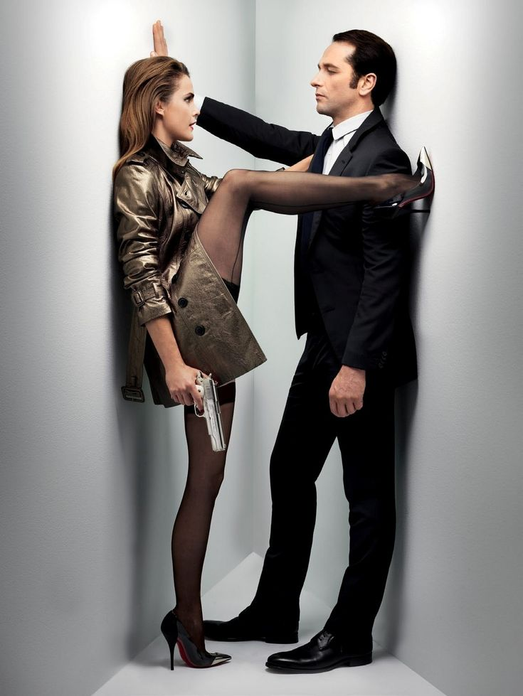 "Keri Russell as Elizabeth Jennings (Nadezhda) and Matthew Rhys as Philip Jennings (Mischa) in ""The Americans"" (TV Series)"