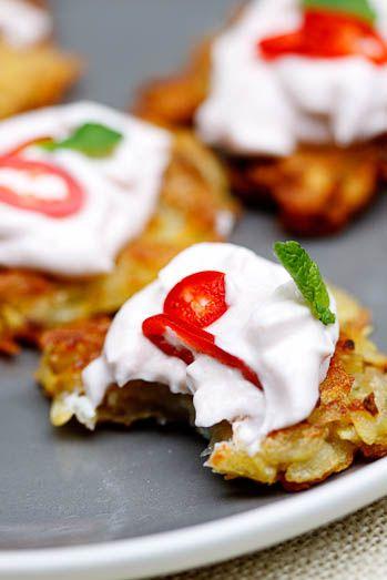 Potato rosti with taramosalata, chilli & mintSimply Delicious, Potatoes Rosti, Food And Drink, Crispy Potatoes, Than, Flavoured Taramosalata, Chilli, Favorite Recipe, Food Drinks