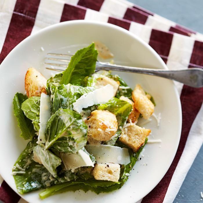 Caesarsalaatti (Caesar Salad)