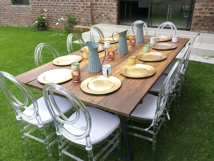 10 seater industrial dinning table, made from recycled railway sleepers :)