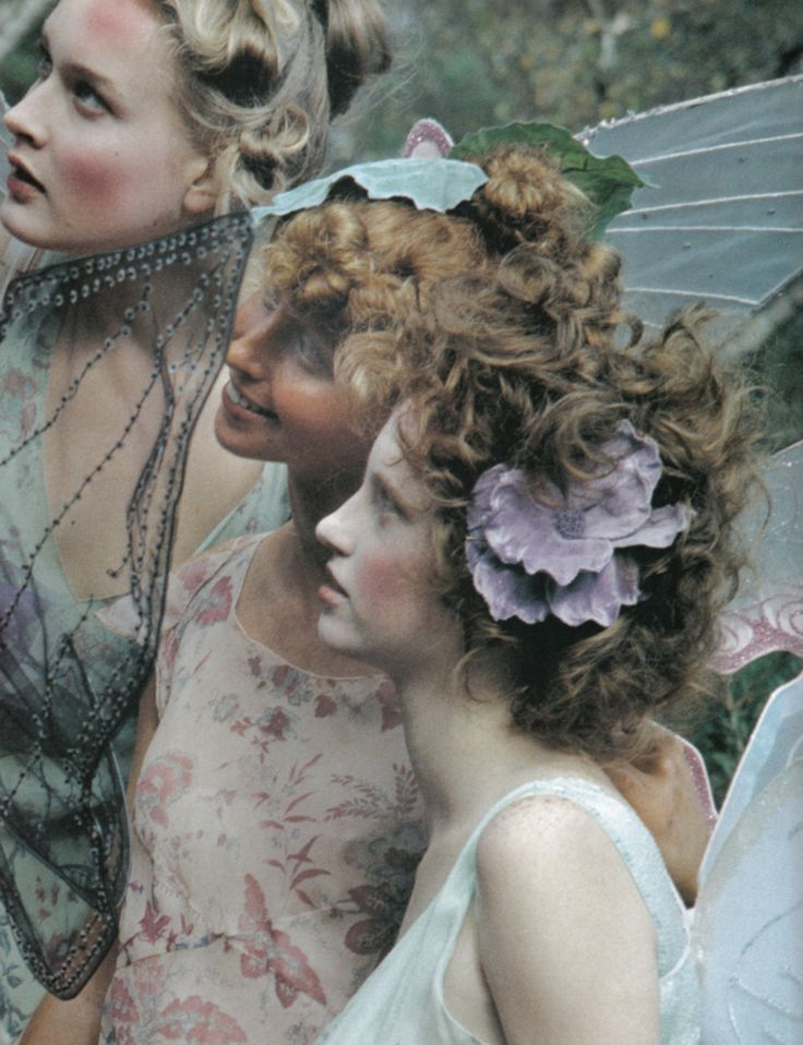 the three graces - koto bolofo for vogue nippon march 2002