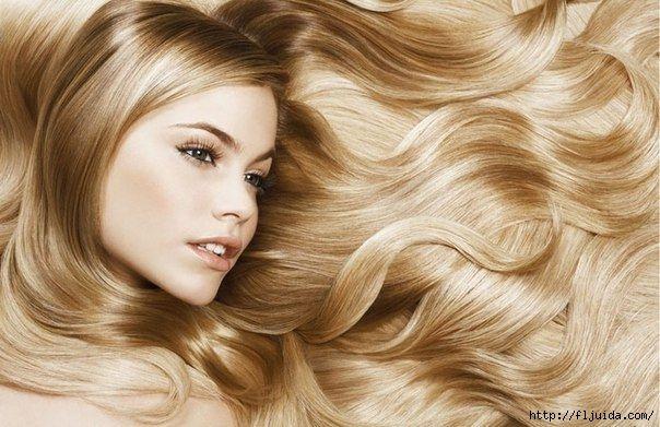 Самодельный питательный бальзам для волос. 1 ч.л. меда, 2 ч. л. оливкового масла, 2 ч. л. кокосового масла, 0,5 авокадо все тщательно перемешать и накладывать на сухие волосы на 15 минут, массируя при этом кожу головы. Смываем эту питательную здоровую маску с шампунем!