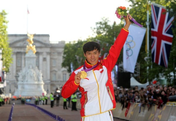 China's Ding Chen wins the gold medal in the Men's 20km Race Walk on The Mall, London, on the eighth day of the London 2012 Olympics. (© PA Wire Press Association Images)