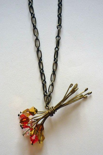 Flower Bouquet Necklace. I can't wait to have time to make some of these.