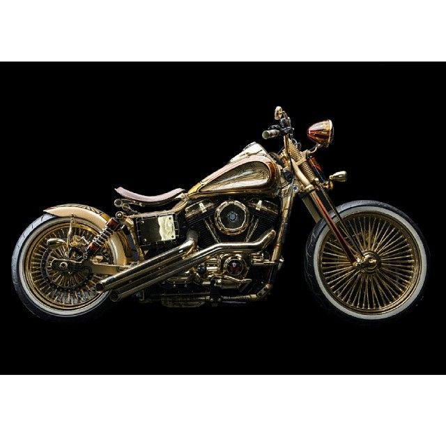 The Precious, Harley custom bobber by lycan customs