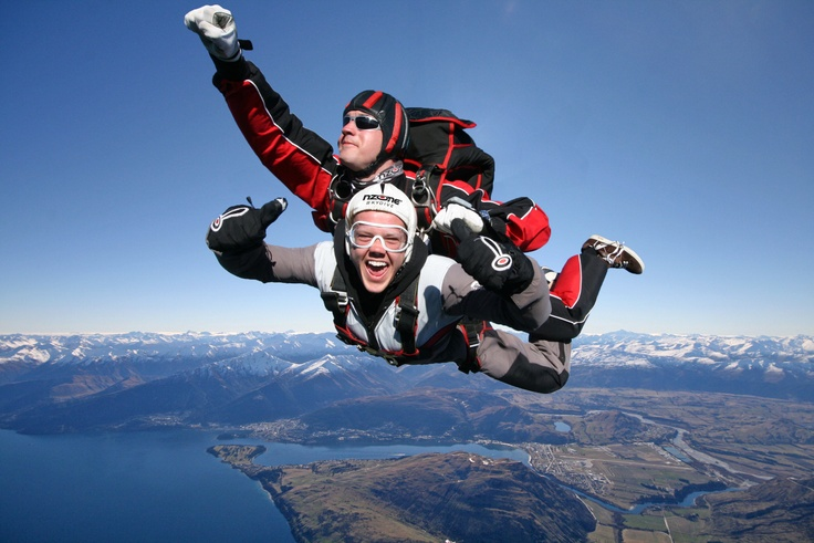 skydiving over Queenstown's Lake Wakatipu