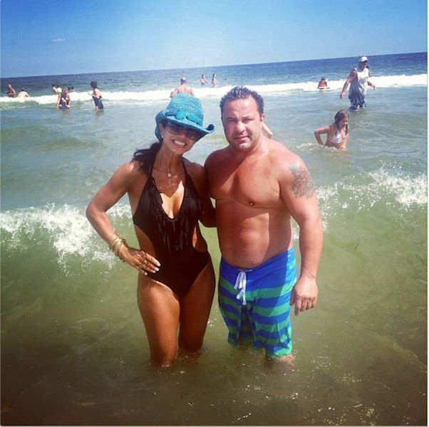 Teresa Giudice Twitter PHOTOS: Day at Beach with Husband Joe Giudice, Daughters, Cooks Recipes; RHONJ Co-Star Caroline Manzo says Indictment 'Unexpected'    http://www.beautyworldnews.com/articles/5037/20130805/teresa-giudice-twitter-photos-day-beach-husband-joe-daughters-cooks-recipes-rhonj-co-star-caroline-manzo-says-indictment-unexpected.htm