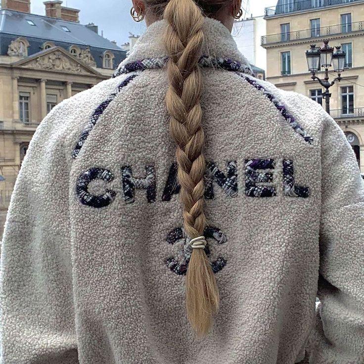 "Regina Anikiy on Instagram: ""Chanellinnn"""