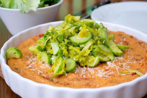 Paradižnikova polenta z dušenimi bučkami | Recipes {Rice & Grains ...