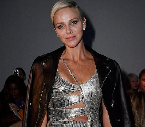Princess Charlene visited the Milan Fashion Week SS 2018 | NEWMYROYALS & HOLLYWOOD FASHION