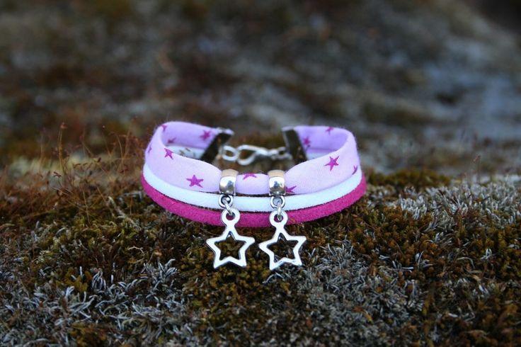 bracelet enfant etoiles 6 8 ans violet bleu blanc bracelets bijoux et libert. Black Bedroom Furniture Sets. Home Design Ideas