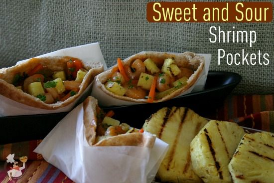 sweet and sour shrimp pockets: Entrees Fish Seafood, Recipes Fish, Shrimp, Pockets Recipes, Laundry Work, Round, Gtl Gym Tans, Pockets Changing, Parties Food