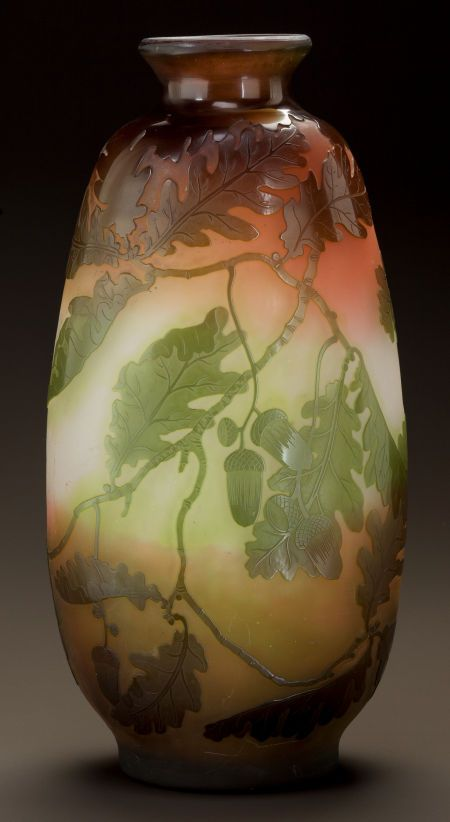 GALLÉ OVERLAY GLASS OAK LEAF AND ACORN FLATTENED VASE Circa 1900. Cameo Gallé