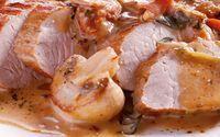 Varkenshaas met lekkere champignon-room saus geserveerd met sperziebonen. Een koolhydraat arm recept .