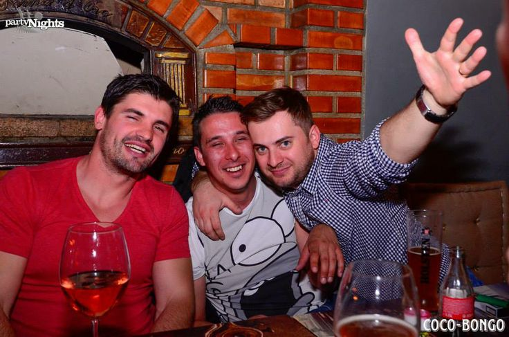 #bucharest #goingout #fridaynight #downtown #fun #travel Please visit our website and our Facebook page: http://www.coco-bongo.ro/ https://www.facebook.com/Coco.Bongo.trattoria