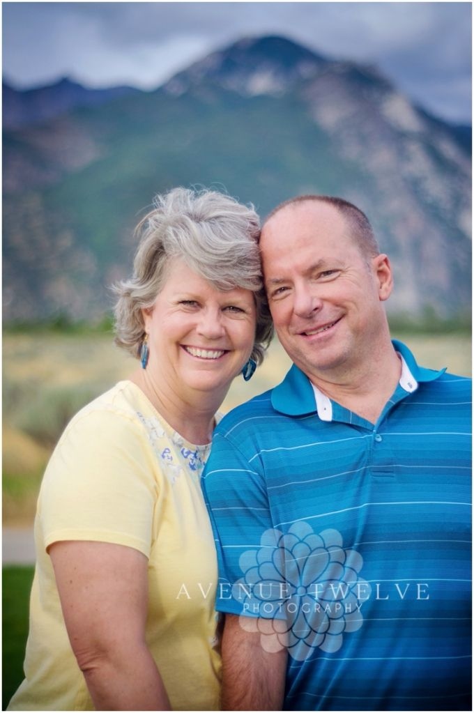Older Couples Poses | AvenueTwelvePhotography