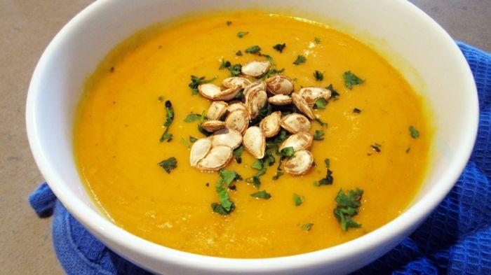 kürbiskerne nährwerte gesund suppe essen