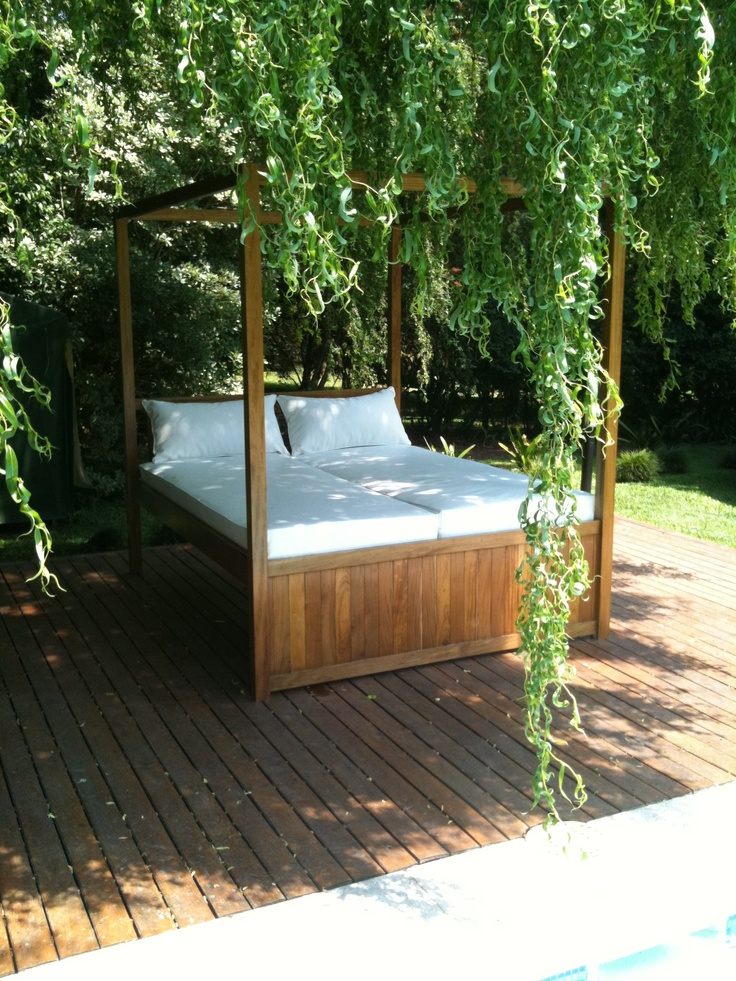 Camastro de exterior modelo sandy material madera for Camastros para jardin