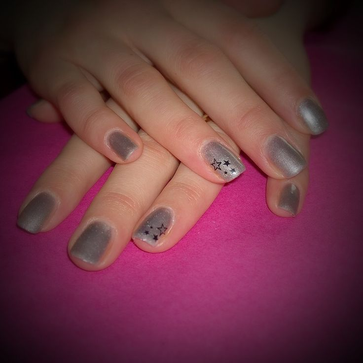 Silver nails and stars by #Sensationail #discofever. Stamped with #Konad m03