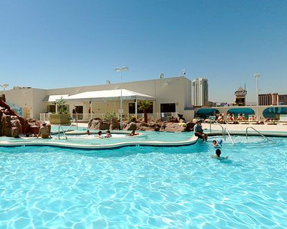 88 Best Images About Las Vegas Swimming Pools On Pinterest Flamingo Hotel Las Vegas Resorts