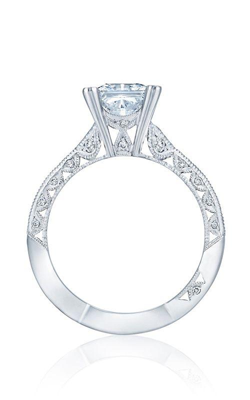 legacy of exquisite designs. Tacori Classic Crescent. #Tacory #engagement #rings