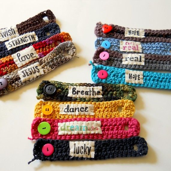 Cute bracelets! LOVE this idea. Would be great for kids/youth who are looking for small projects/gifts to make!