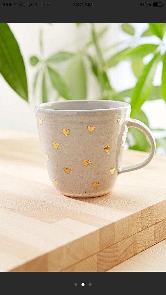 gold heart mug van picklepottery op Etsy