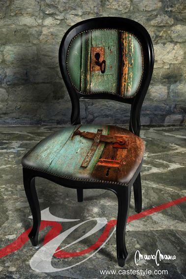 """Una vecchia serratura fotografata da Gianluca Ghinolfi viene utilizzata da Mauro Manco per creare una seduta artistica e  inclusa nel libro fotografico  """" Segni Particolari """""""