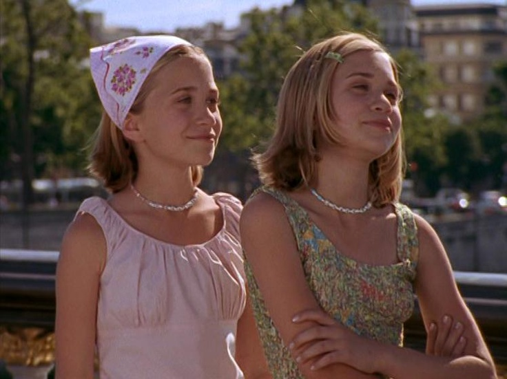 Ashley and Mary-Kate Olsen in Passport to Paris | Best ...
