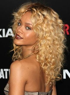 Tight Curly Hairstyles   25 Inspirational Medium Curly Hairstyles For Every Day & Special ...