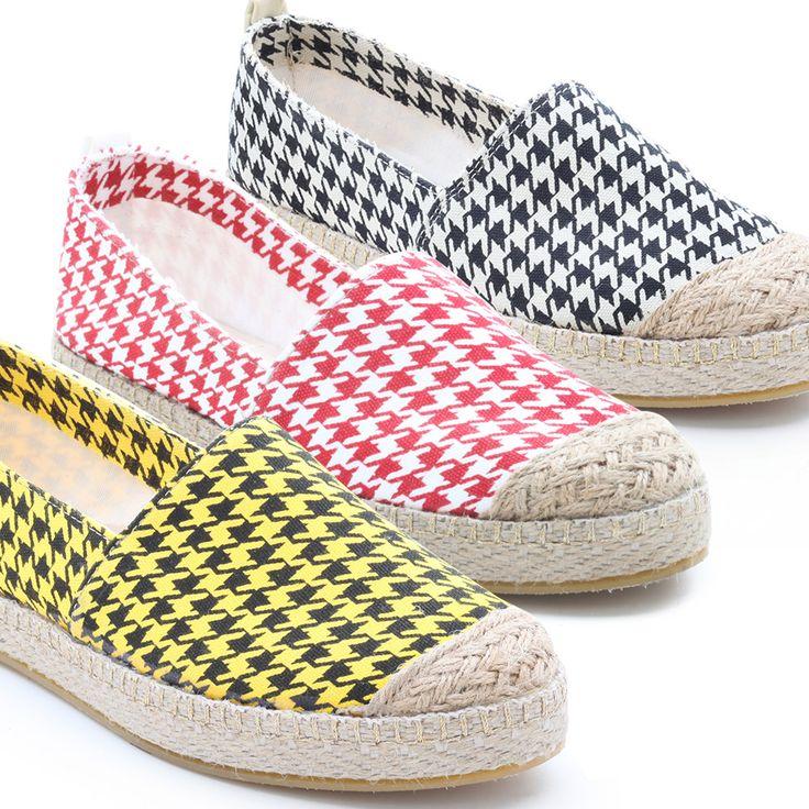 Tüvit Espadril #ayakkabi #modsimo #shoes #espadril #bahar #shoeslove http://www.modsimo.com/eccm~u~sari-siyah-tuvit-espadril-4336-4337-4338
