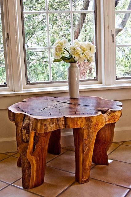 Tree trunk table-