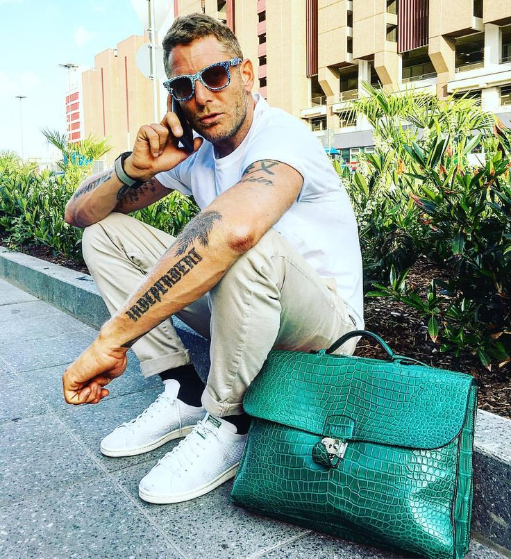 Snapchat: lapoelkann7 / Companies: italiaindependent.com / ⛽️ garageitaliacustoms.it/ independentideas.it / goodfilms.it