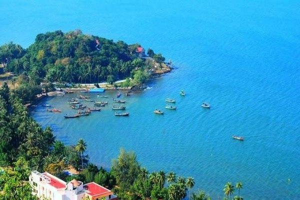 Summer vacation with Ha Tien attractions