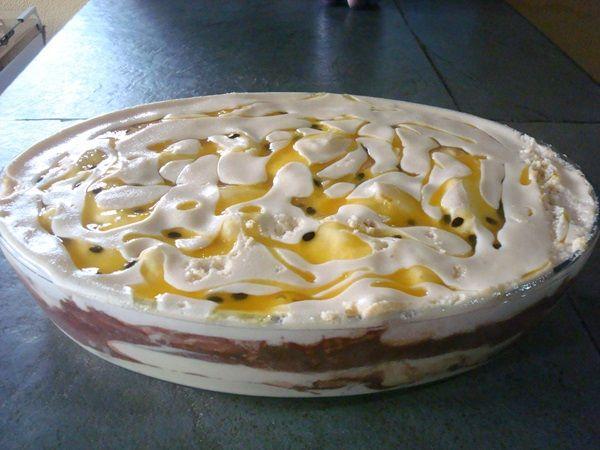 O Mousse Tentação de Maracujá é uma sobremesa prática e deliciosa que vai deixar os seus convidados com água na boca. Confira a receita! Veja Também:3 Mou