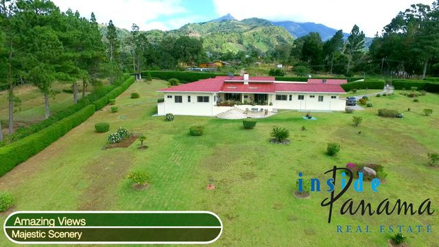 Witness with your own eyes why this six #home #secluded #retreat is perfect #PanamaRealEstate near #Volcan #Chiriqui